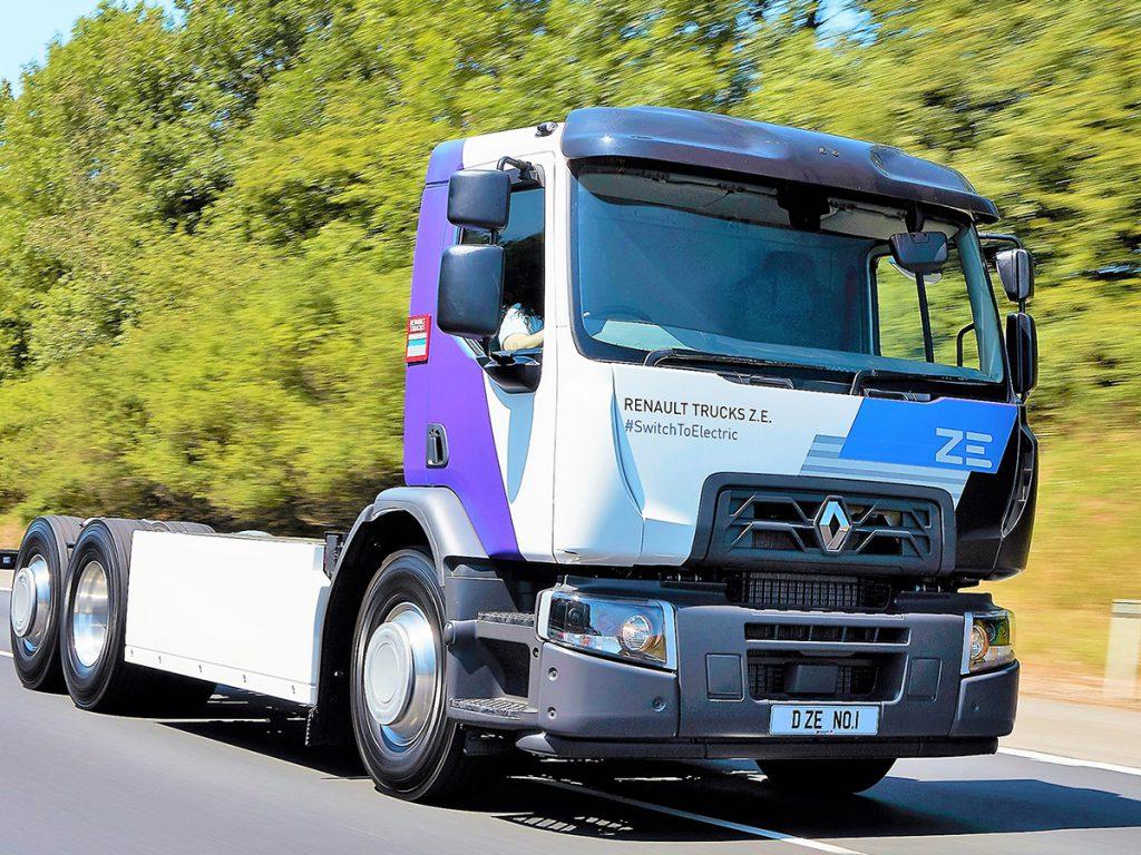Renault Trucks acompaña a sus clientes en la financiación de su Gama Eléctrica